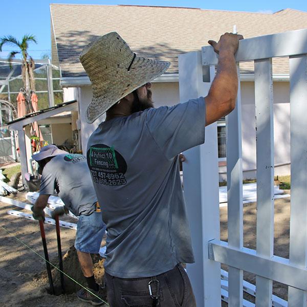Professional Vinyl Fence Contractors in nobleton fl
