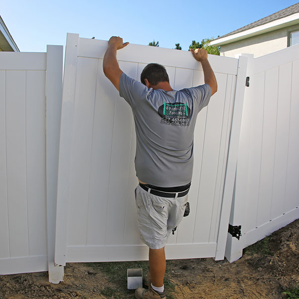 Vinyl Fence Gate Installation In North Brooksville, Fl