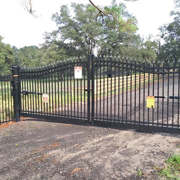 Security gate install In Sugarmill Woods, FL