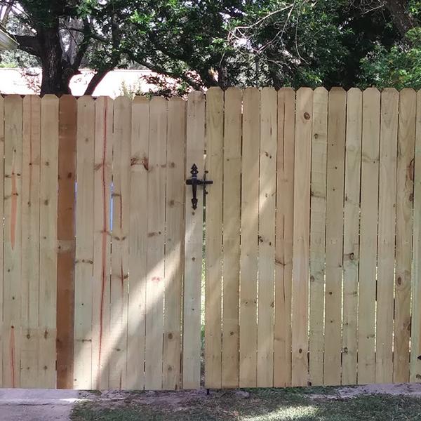 Wood Fence Installation in Brooksville, Fl