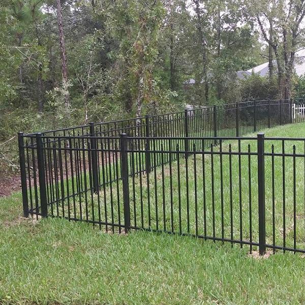 Aluminum Fence Repair In South Brooksville, Fl