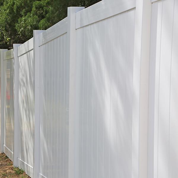 Vinyl Fence Installation In Spring Hill, Fl