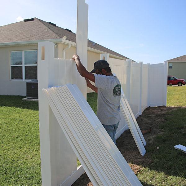Professional Vinyl Fence Contractors in Sugarmill Woods FL
